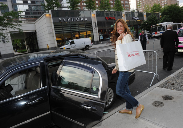 Kelly Bensimon At HomeGoods Manhattan Grand Opening