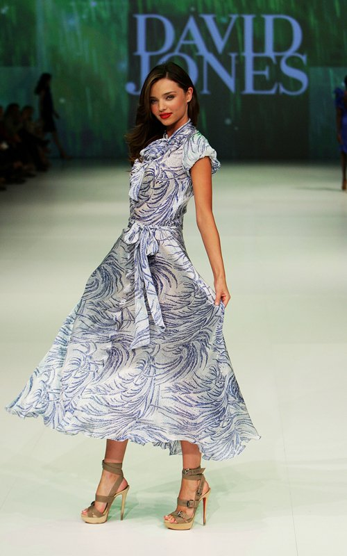 Miranda Kerr Walks In Australia's David Jones Fashion Show