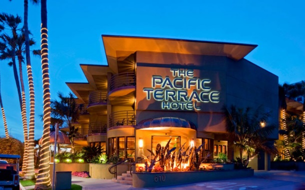 The Pacific Terrace Hotel-02