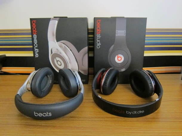 Beats Over The Ear Headphones Studio Vs Executive_3424