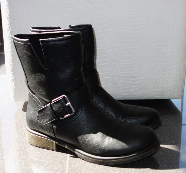 Boots from Forever21-DSC01693a