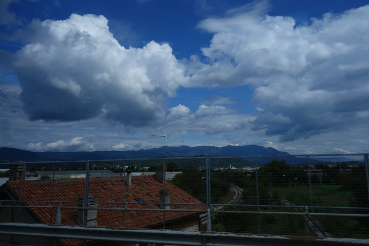 Slovenia to Saint Vincent, Italy-750-DSC00729