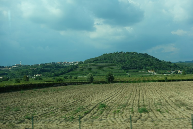 Slovenia to Saint Vincent, Italy-750-DSC00790