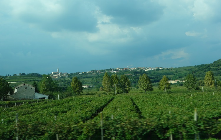 Slovenia to Saint Vincent, Italy-750-DSC00793