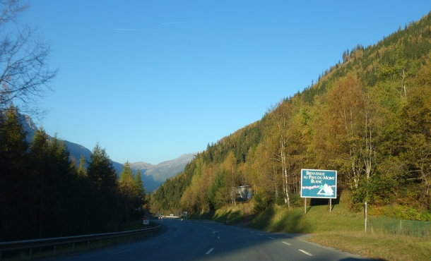 Driving from northern Italy to France-DSC04208