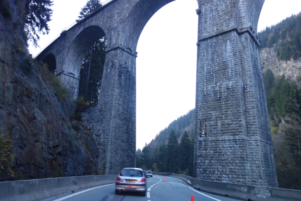 Driving from northern Italy to France-DSC04224