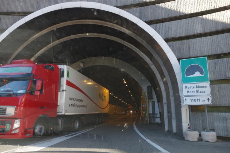 tunnel mont blanc-DSC04187