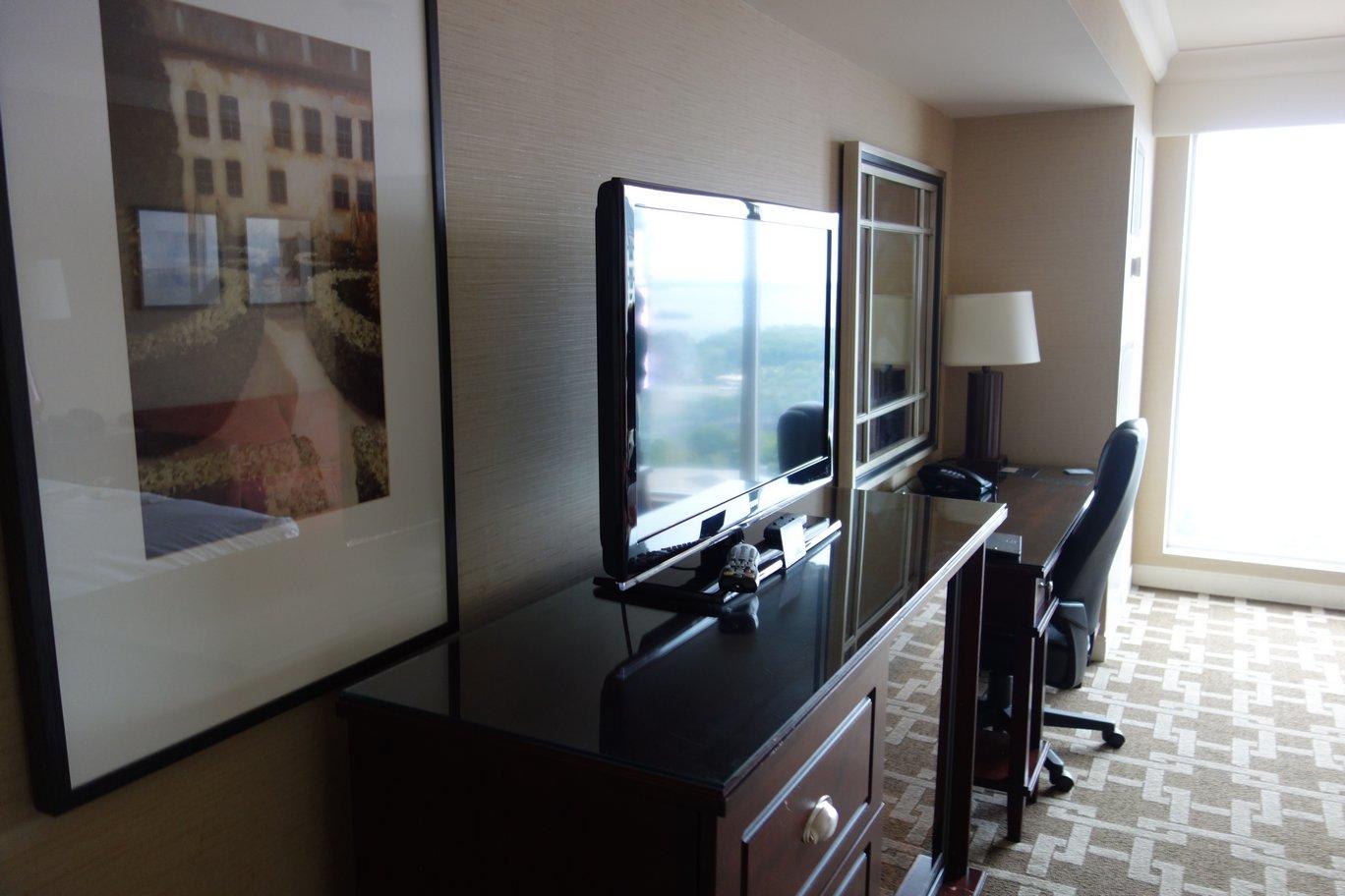 Hilton_Hotel_Niagra_Falls_00007