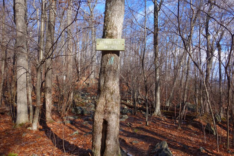 Day Hiking the Appalachian Trail, Connecticut-DSC08443