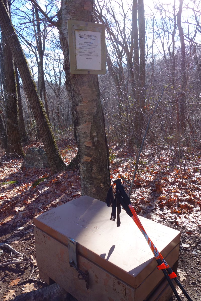 Day Hiking the Appalachian Trail, Connecticut-DSC08445
