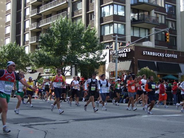 Runners in New York City Marathon 2008