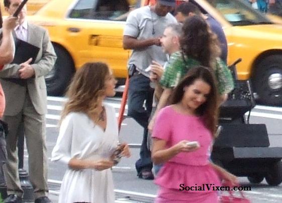 Sarah Jessica Parker and Kristin Davis on set of SATC 2. Photo Credit: Social Vixen