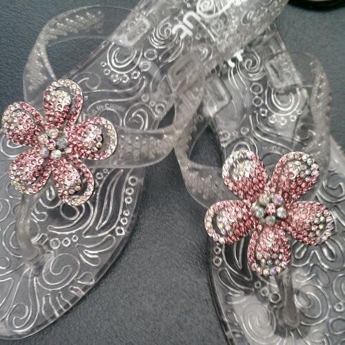 Flipout Sandals