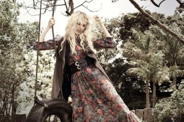 Maria Helena Vianna in Linda de Morrer campaign