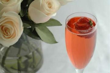 Royal-Wedding-Cocktail -English-Rose-Champagne
