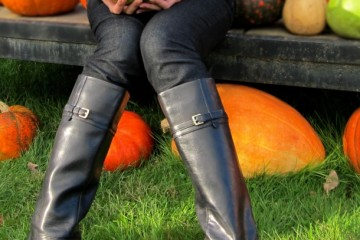 Picking Pumkins With Naturalizer Boots