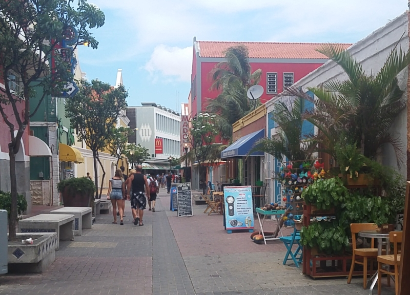 Shopping In Curacao Social Vixen