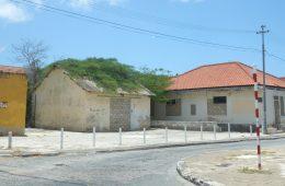 Walking Otrabando Curacao-DSC048nnn35