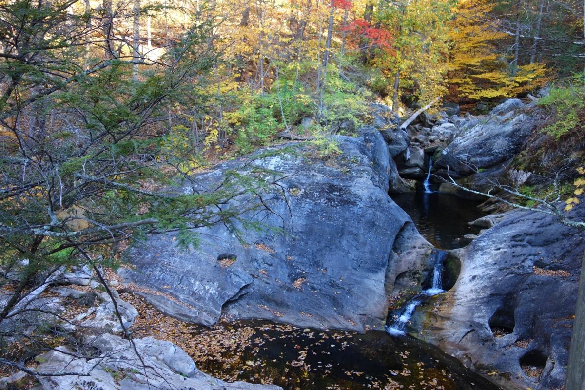 kent-falls-state-park-autumn-fall-2016-dsc09288